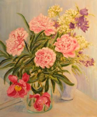 pojengid lilled kellukad vaasis vaikelu natüürmort õlimaal keiu kuresaar